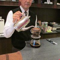 """コーヒーを淹れる際の""""蒸らし""""は必要か?佐野さんの考え"""